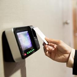 Diseño e instalación de control de acceso biometrico